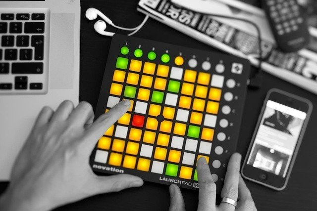 Novation Launchpad MK2 контроллер USB/MIDI